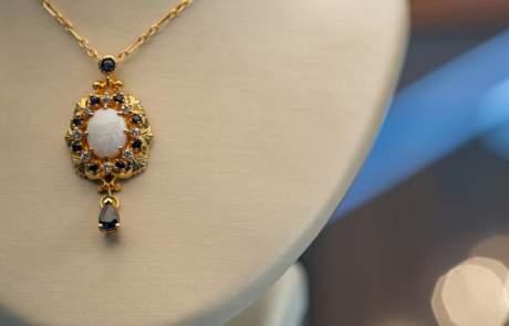 Maxon Estate Jewelry Gold Necklace