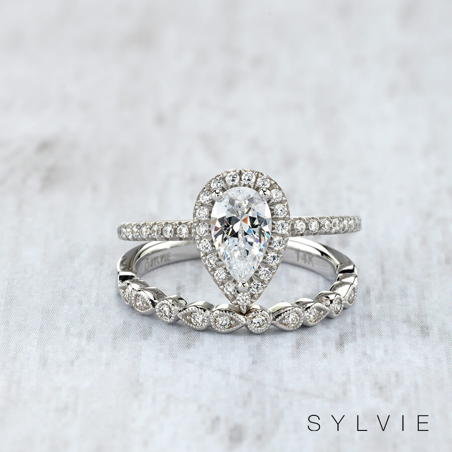 Pear-Shaped-Sylvie-Diamond-Ring-Maxon